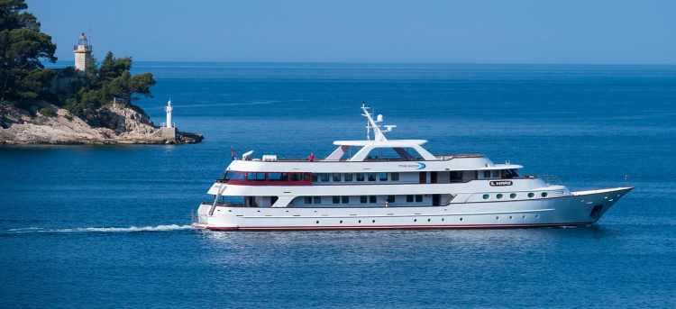 MS Il Mare yacht cruising in Croatia