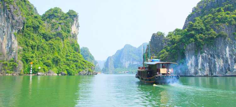 Ha Long Bay | Vietnam | Holidays to Vietnam