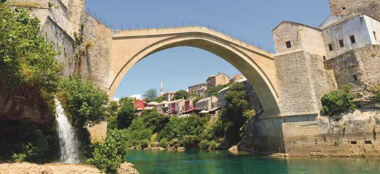 Mostar Bridge, Bosnia & Herzegovina | Holidays to Bosnia & Herzegovina