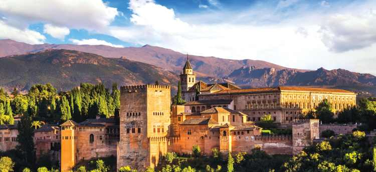 Tour the stunning Alhambra Palace