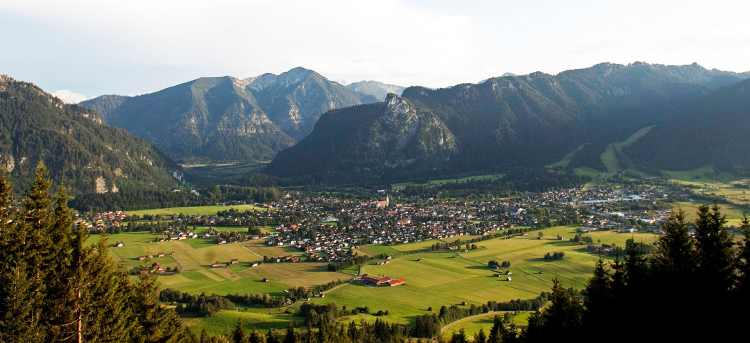 Oberammergau | Germany | Riviera Travel | escorted tour