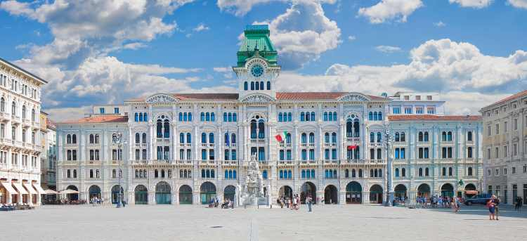 Main square, town hall, Trieste