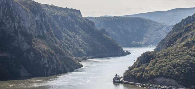Danube River Iron Gate Gorge, Carpathian and Balkan Mountain Ranges   Riviera Travel