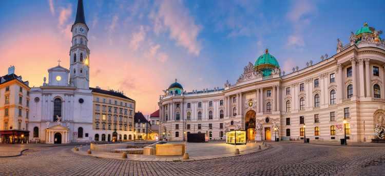 Hofburg Palace | Vienna | Austria | Riviera Travel | river cruise