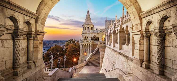 Budapest Castle District   Danube New Year River Cruise