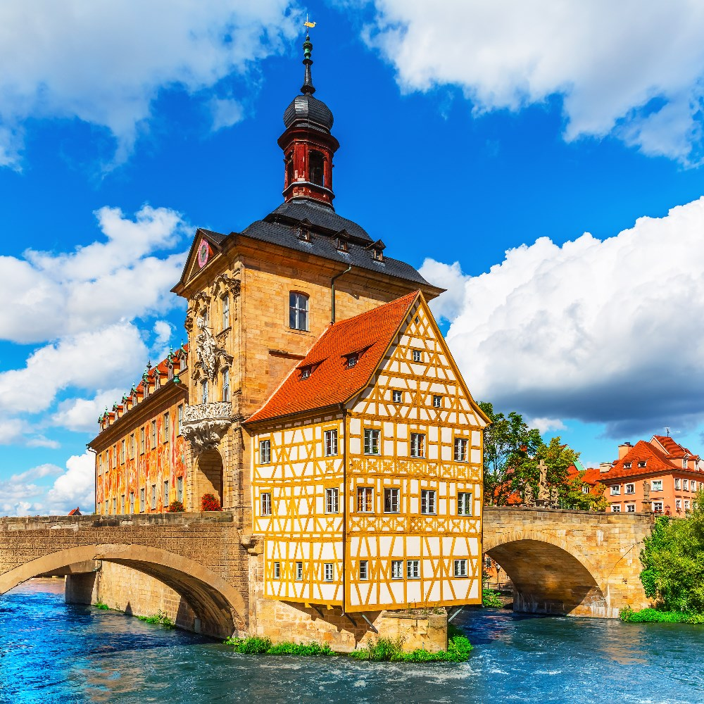Bamberg town hall on the river