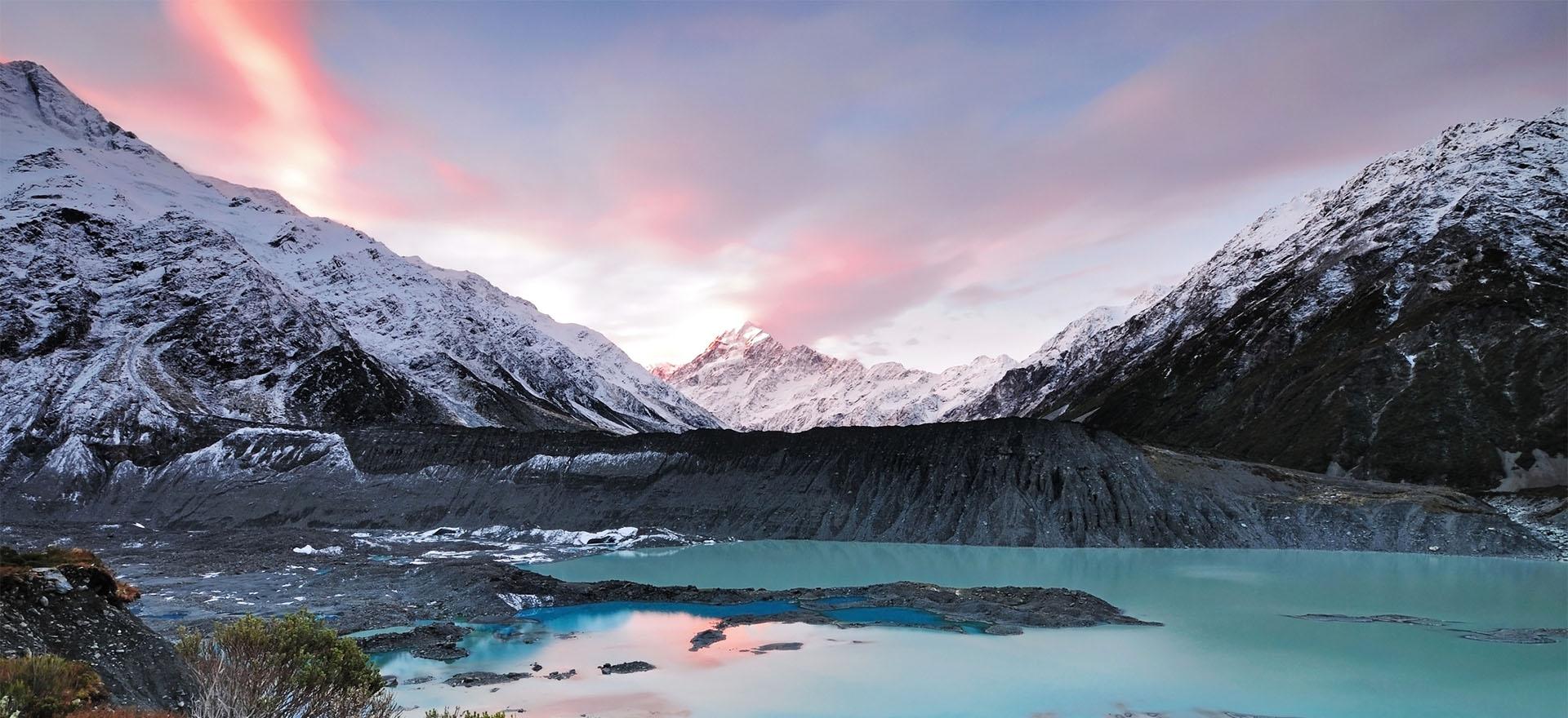 Snowy peaks of Mount Cook