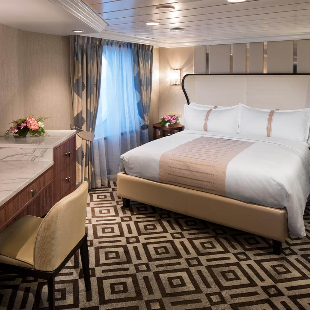 Category V2, Double Club Balcony Stateroom