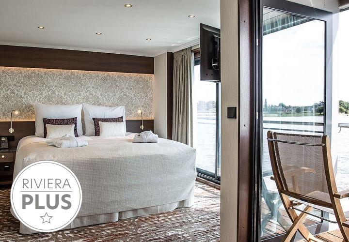 Deluxe Balcony Suites