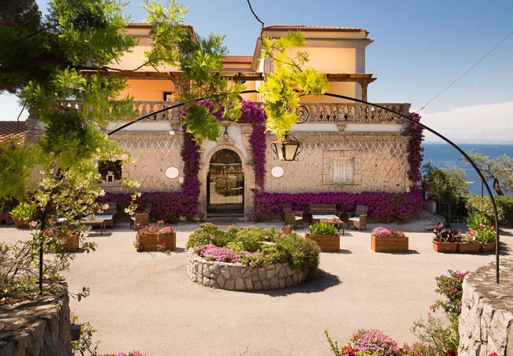 La Badia Hotel Sorrento exterior