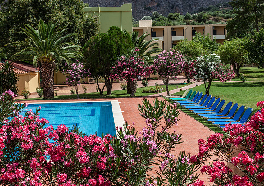 Hotel Idi pool and gardens bright flowers