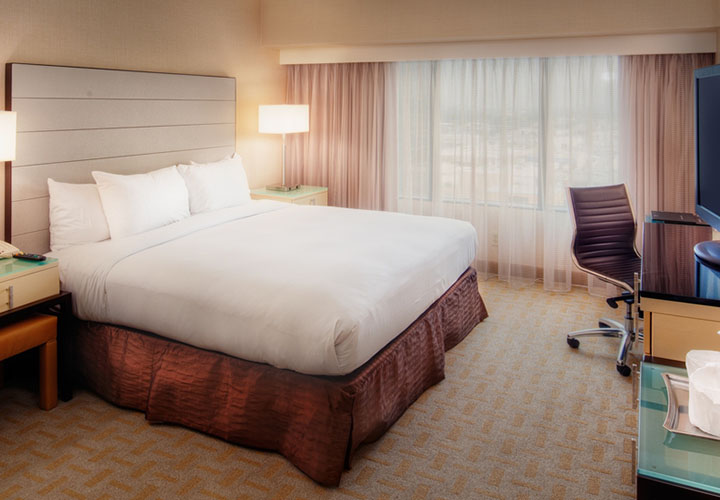 Hilton Los Angeles Airport standard double room