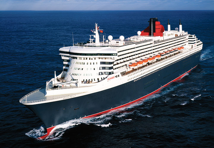 Cunard Queen Mary 2 ship on the Atlantic