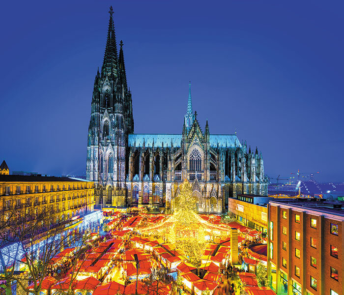 Vienna Cathedral and Christmas Market | River Cruises in December 2019