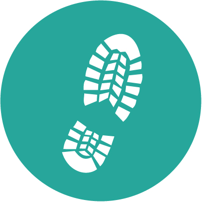 Teal walking tour footprint circle icon
