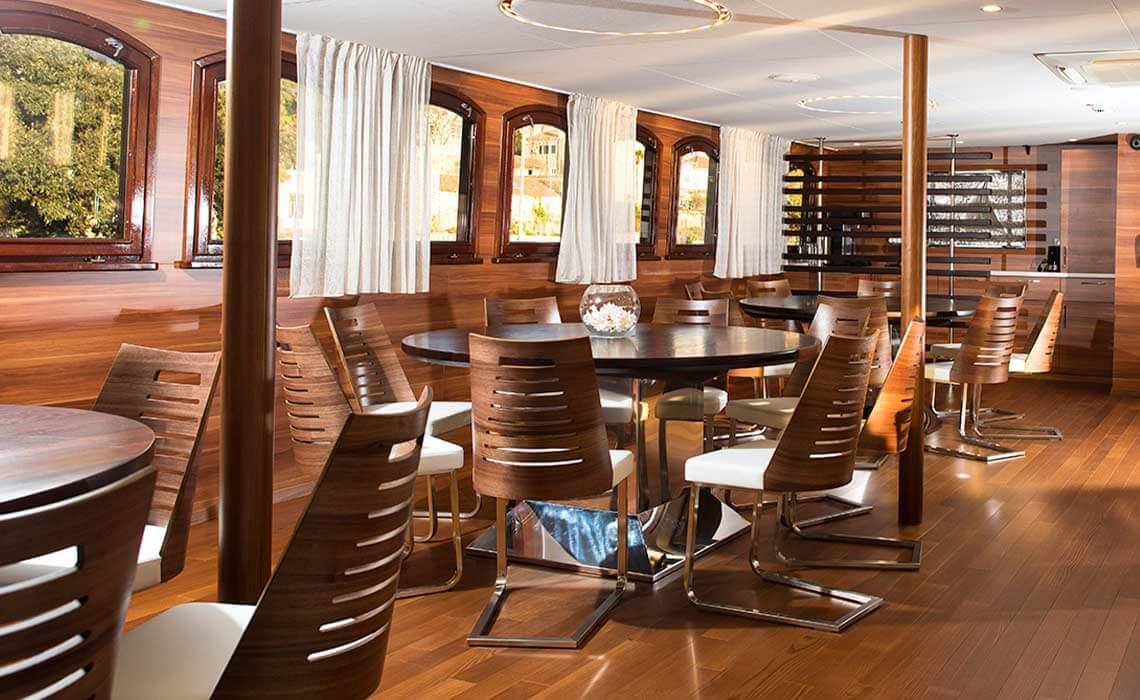 MV Corona Dining Area
