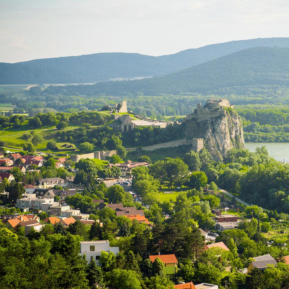 Cliff-top Devin Castle