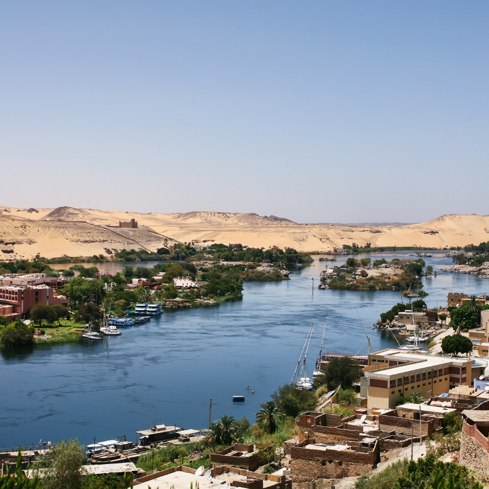 Life on the banks of the Nile